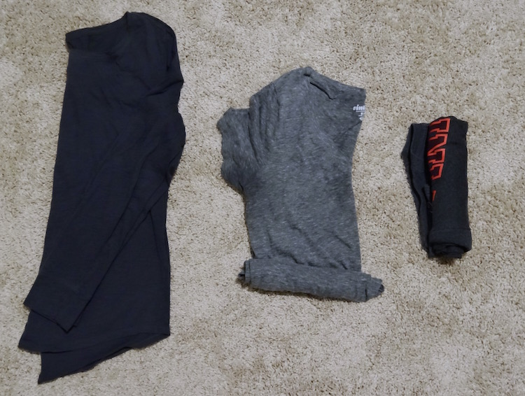 how to roll your clothes when packing