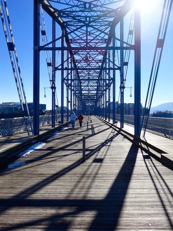 chattanooga walking bridge