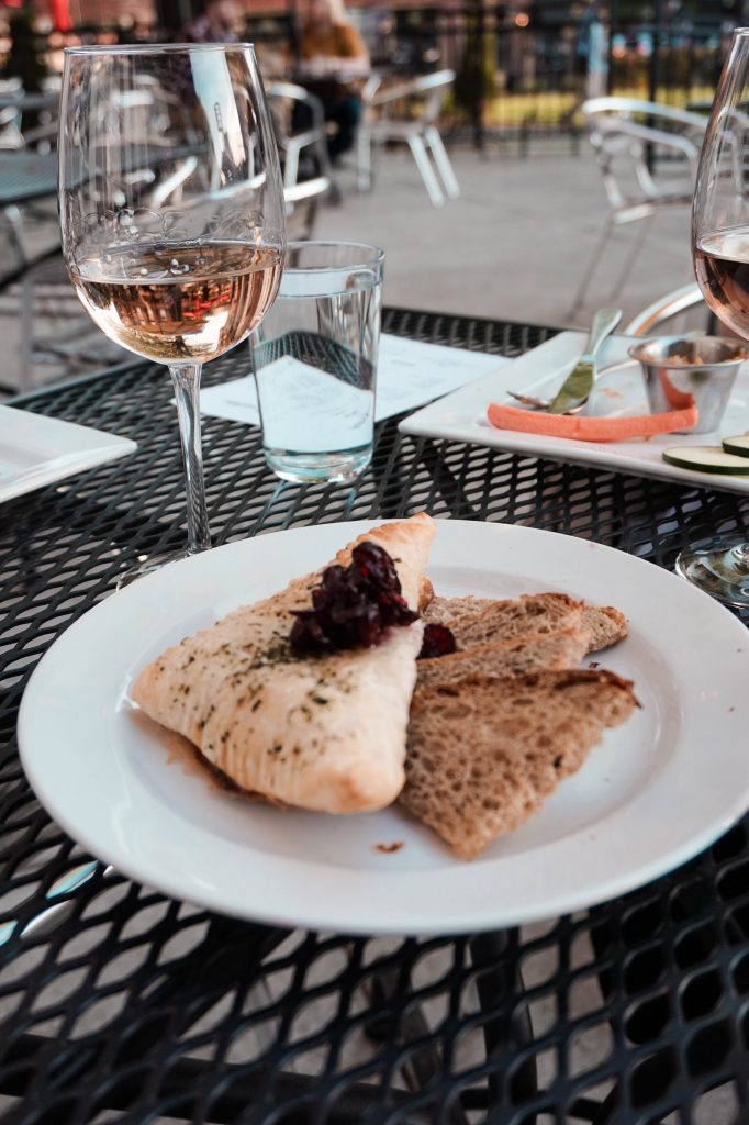 frothy monkey chattanooga wine down wednesday