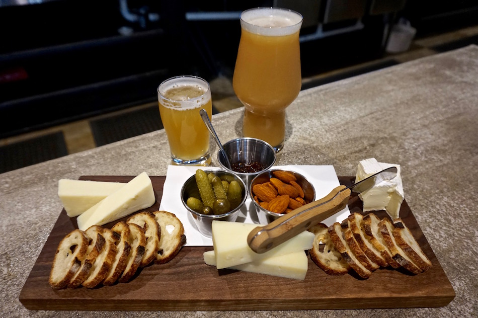 heaven and ale chattanooga cheese board