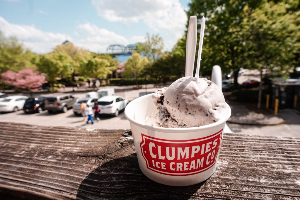 clumpies ice cream dessert in chattanooga