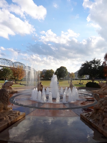 coolidge park fountains chattanooga tennessee
