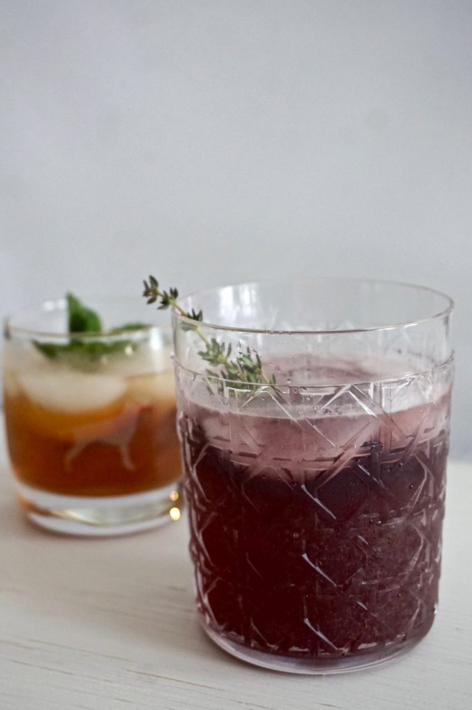 blackberry thyme whiskey smash