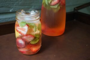 strawberry lemon fruit water recipe